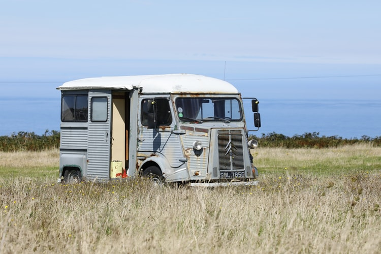 How to Find Best Second Hand Caravans for Beautiful Journey