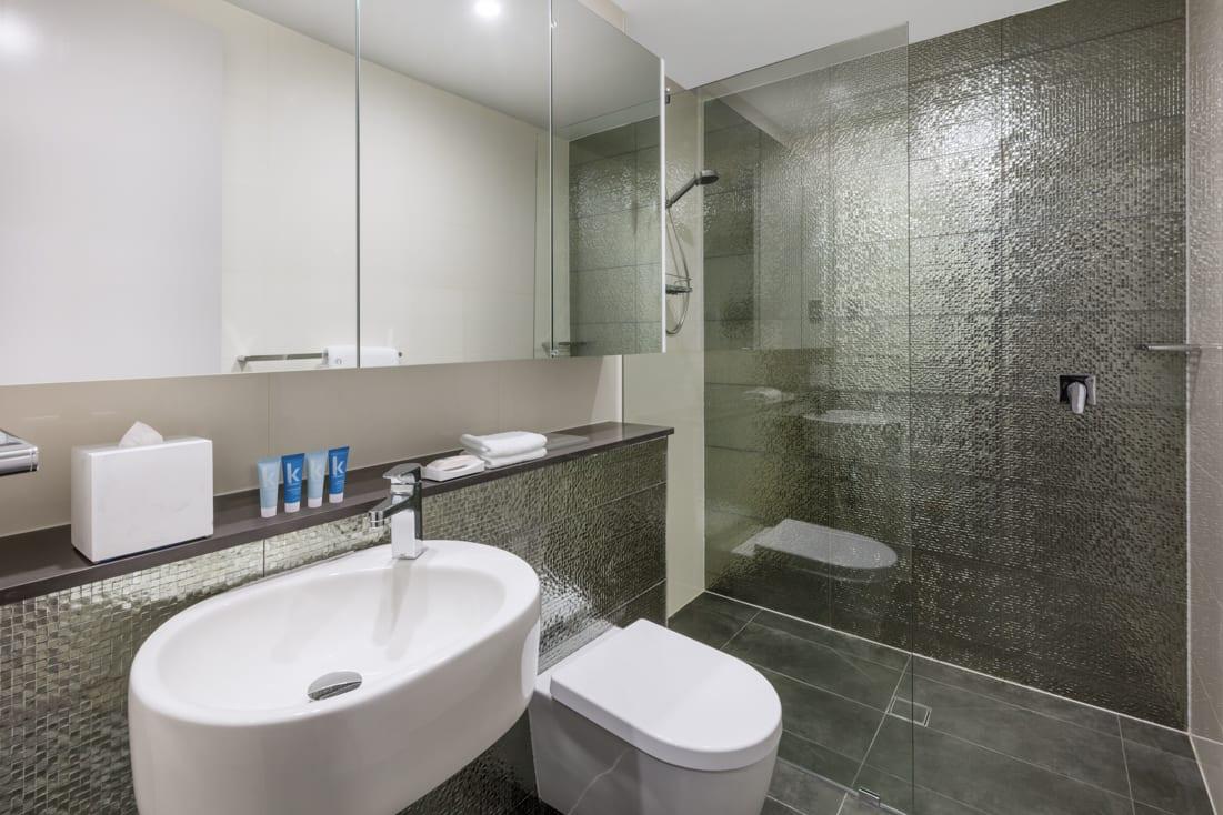 cheap toilet suites sydney