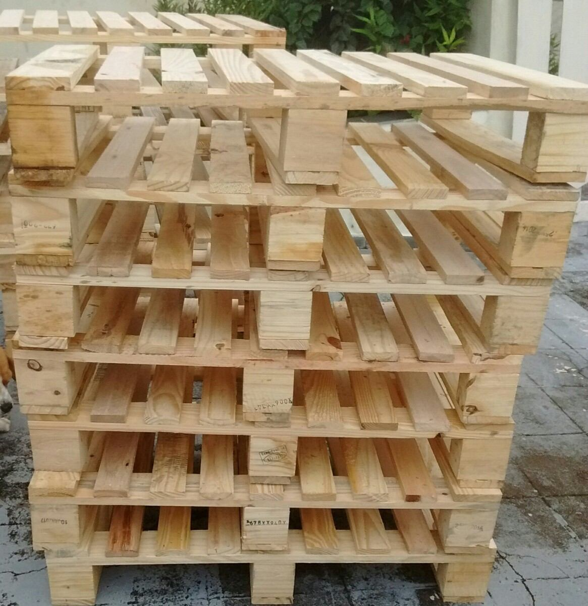 custom made pallets by Next generation pallets.